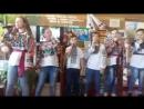 пісня Свято у Виконанні Шишківського дитячого ансамблю у сільській бібліотеці .