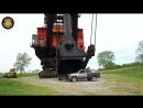 Гигантский электрический экскаватор Bucyrus-Erie 1850-B 1960-70-х годов весом 5500 тонн с ковшом 69 кубометров, или 135 тонн