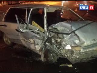 В Ельце в ДТП пострадала 20-летняя пассажирка «пятнадцатой»