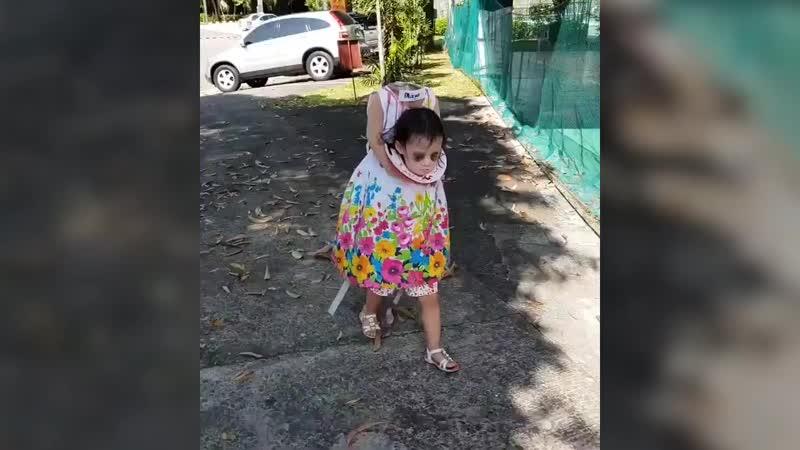 Платье девочки на Хэллоуин с отрубленной головой