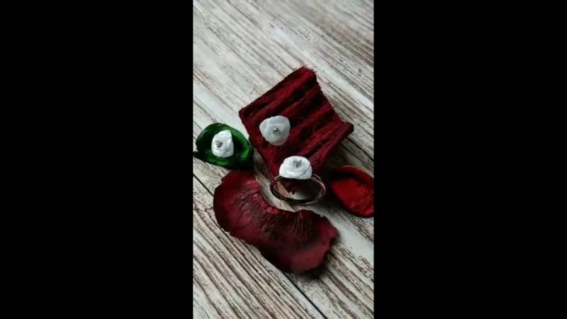 Ювелирные украшения с цветами в салоне Голдис mp4
