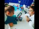 Помимо опытов ⚗️ и теории 🔊 на занятиях у юных химиков есть 5-минутки отдыха! И почему бы их не провести с пользой! Помимо весел