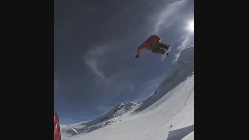 Ryan Stassel полёт прям в башню