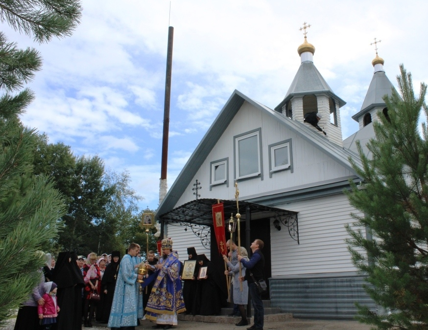 литургия в манастыре