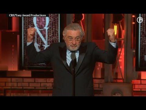 Robert De Niro grita Fuck Trump e é ovacionado em premiação nos EUA