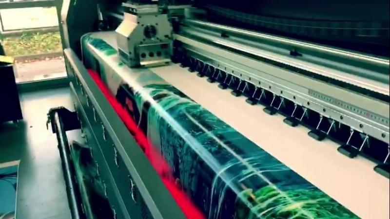 GZH - экстремальная скорость 375 м²/час! Самый быстрый широкоформатный принтер!