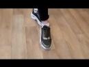 Порадуйте свои ножки стильными кроссовками!