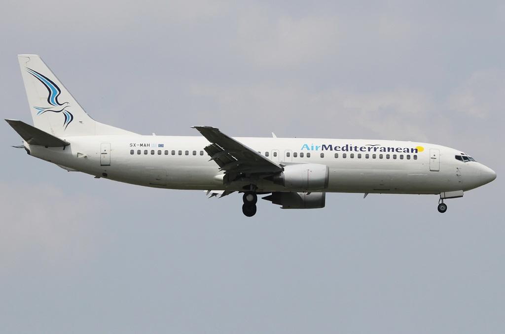 Лайнер греческой авиакомпании в полете