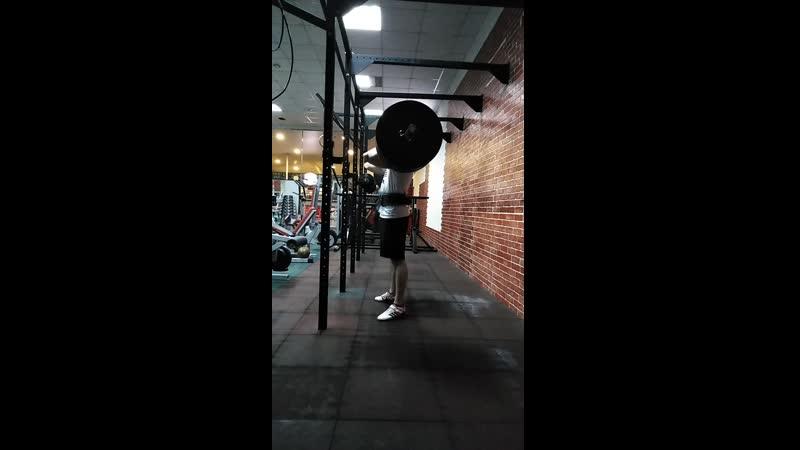 Front squat 130x5