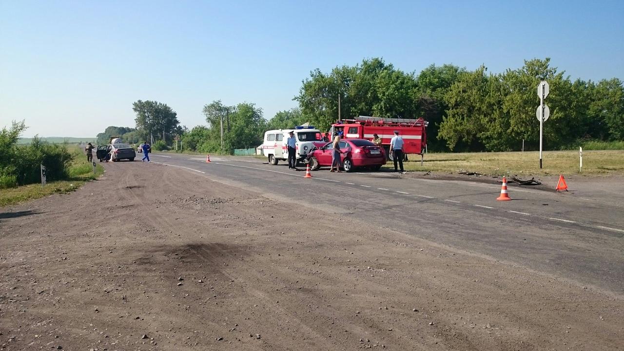 ITdG8AlZ3 s - ДТП Старая трасса...перед поворотом на Бабанаково 2 пострадавших