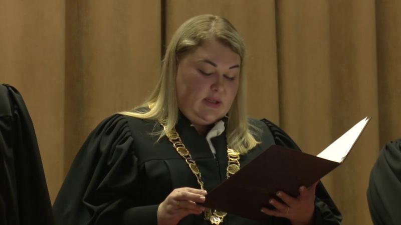Суд відмовився знімати Зеленського з виборів