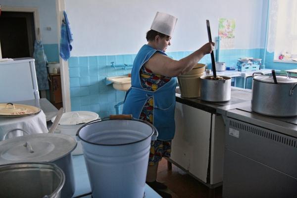 В Курском детсаду Роспотребнадзор нашёл нарушения при организации питания детей, которых не увидел комитет образования