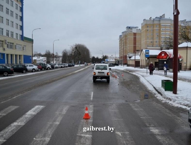 Водитель на «Лада 21214» сбил мужчину на переходе по ул. Гоголя