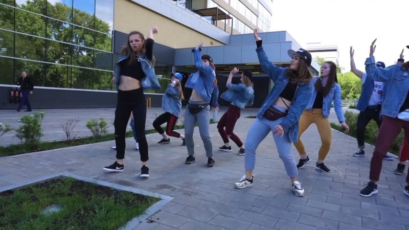 Dancehall old school routine by Olya BamBittaNinjaman - Jamaica Town Get a buzz squad
