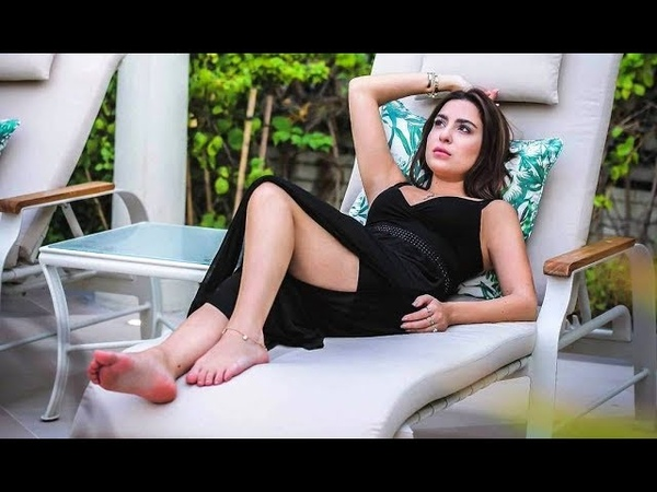 سارة ابى كنعان ساخنة جداً Very Hot Sara Abi Kanaan