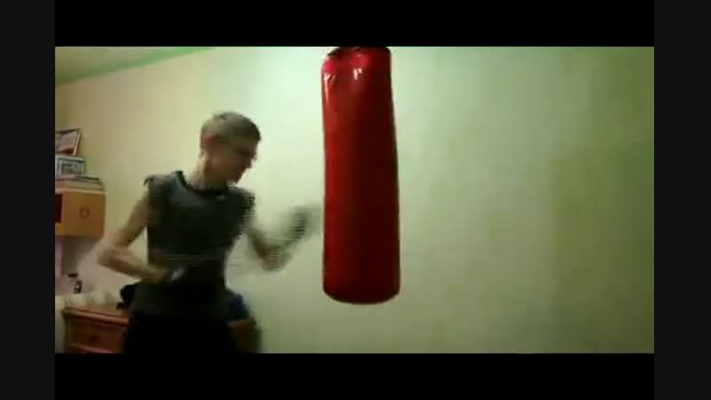 Русский программист - Чемпион UFC - Убийца Хабиба. Его боятся даже чеченцы