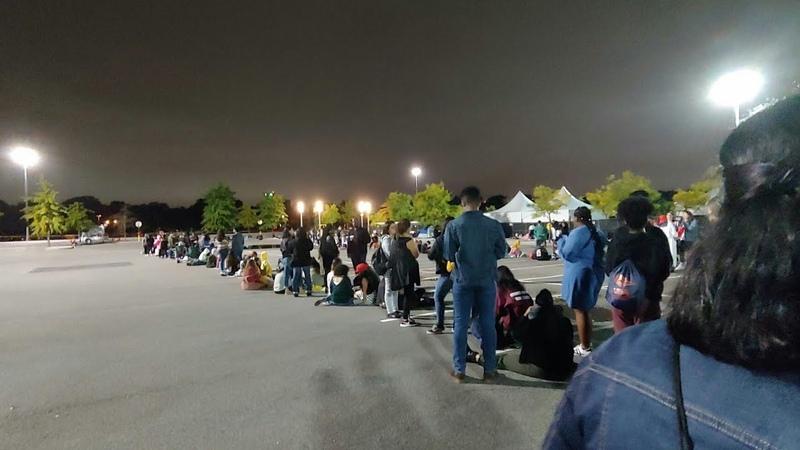 BTS Live in CitiField The GA line for wristbands. OMG😍 BTSinNewYork