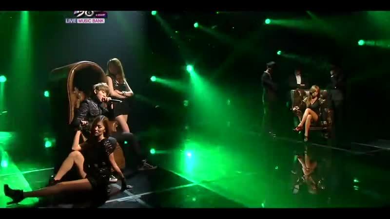 HyunA Just Follow Live