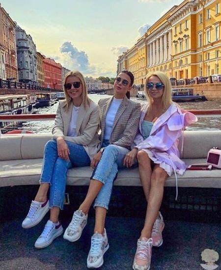Николь Кидман поужинала в Санкт-Петербурге с Яной Рудковской, Юлианной Карауловой и другими гостями