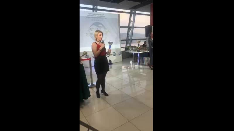 Turukhanova_brows~1558359690~17880781906359071~1.mp4