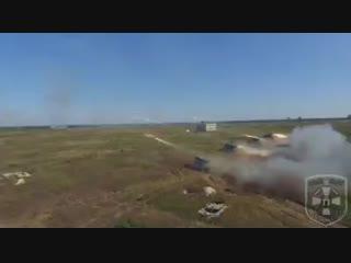 Петро Порошенко - Слава воїнам-артилеристам!