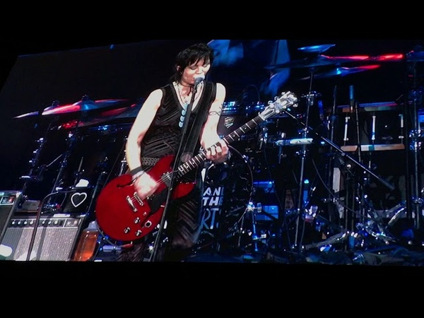 Joan Jett, Fake Friends Part V, Pavillion At Toyota Music Factory, Las Colinas, Tx, 61018
