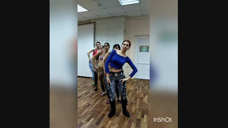 Восточные танцы. Занятия в продолжающей группе - трайбл. г.Таганрог