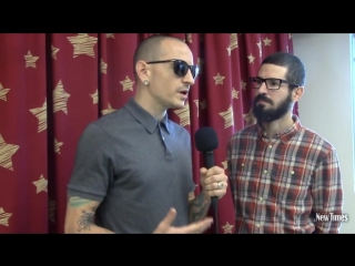 Linkin parks chester bennington and brad delson visit cardon childrens medical center in mesa fro