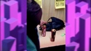 В Алексине две дебоширки пытались украсть алкоголь из магазина