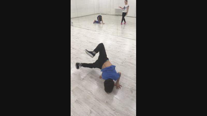 Арабеск Студия современного спортивного танца Live