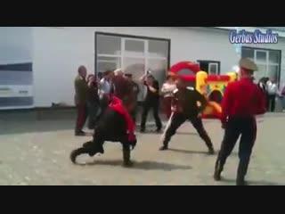 школа Лаврова - расійське бойове мистецтво...