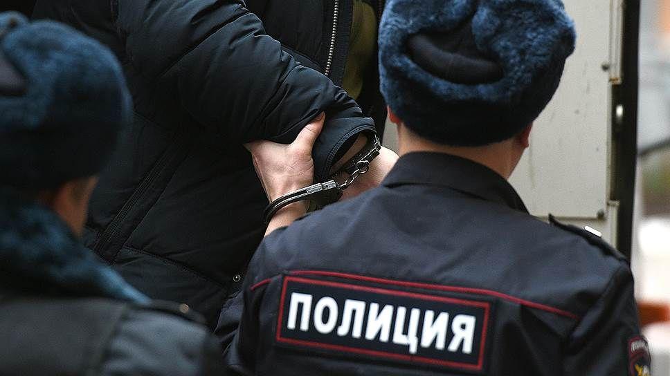 Под Таганрогом Неклиновские полицейские задержали мошенника в сфере строительных услуг