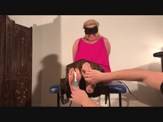 Lynns Feet tickle torture part 1