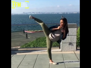 SLs STRONG AND FLEXIBLE - BEST FITNESS MOMENTS