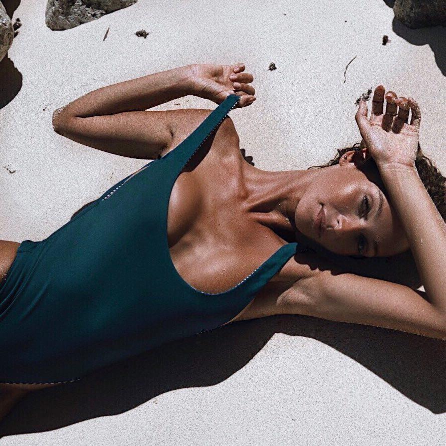 Angolina jolie free sex vids