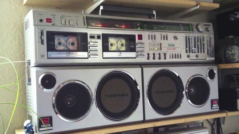 Ghettoblaster Toshiba RT S983 BomBeat WX 1 German Version