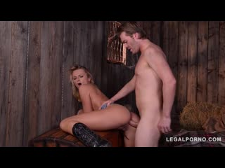 Ivana sugar blonde bounty hunter, milf anal porno