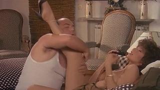 Сахар, мёд и перчик / Zucchero, miele e peperoncino / Cахар, мед и перец (1980) BDRip 720p (эротика, секс, фильмы, sex, erotic) [vk.com/kinoero] full HD +18 Страна: Италия_ Комедия