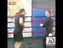 Тренировка чемпионки смешанных единоборств