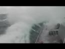 1Видео из рубки ракетного корабля Великий Устюг идёт сквозь семибальный шторм в Европу.