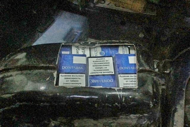 Гражданин Украины попытался провезти в топливном баке через Таганрогскую таможню 358 пачек сигарет
