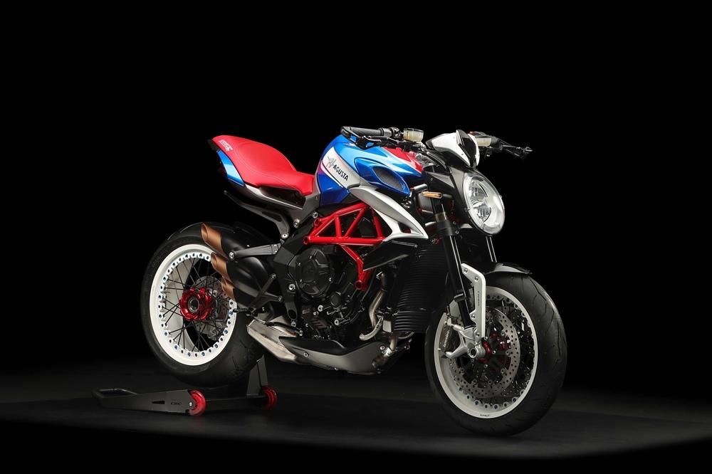 EICMA 2018: мотоцикл MV Agusta Dragster 800 RR America 2019