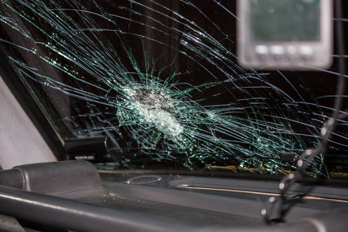 Под Хабезом разбились два автомобиля