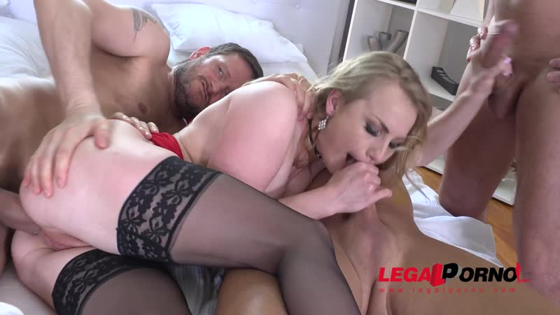 College nympho Madison Lush Double Anal mini Gangbang session