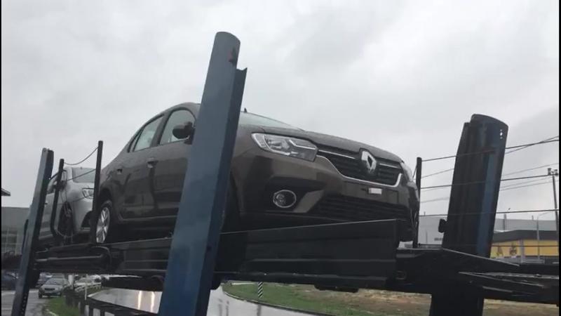 Прибыли Renault Logan и Renault Sandero