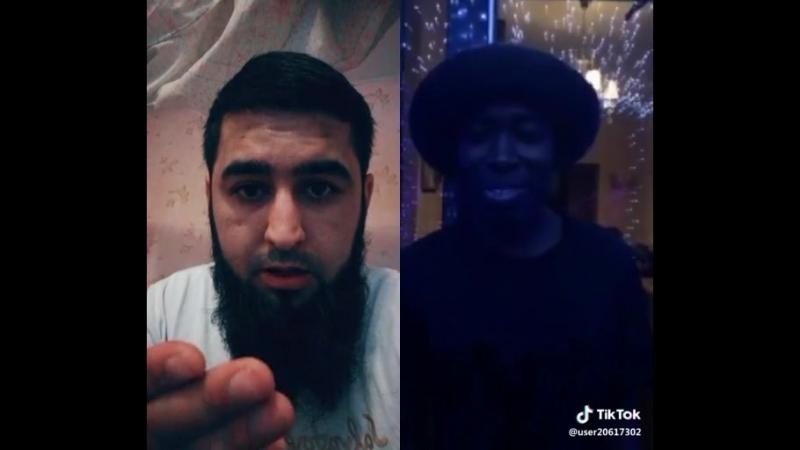 А чё такой чёрный?🤣