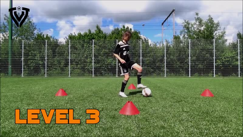 STOPS AND TURNS _ 8 LEVELS _ HOMEWORK _ FOOTBALL TRAINING