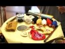 Какие предметы кладут на стол перед ребенком на асянди в Южной Корее.