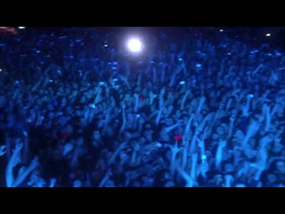 Ac dc - rock n roll train (from live at river plat)