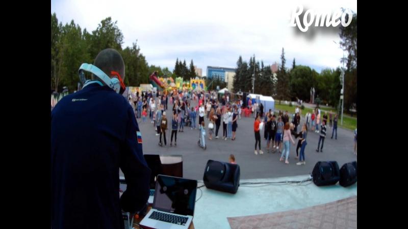 Dmitriy Romeo - Live Set на Виниле после Богатырского Турнира и Экстрима на День Молодёжи 2018 и Alfa Future People Сast !! DR7